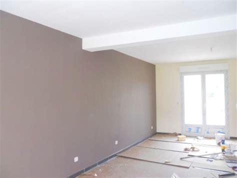 13 deco peinture salon salle a