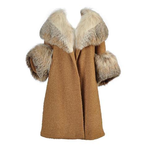 Sweater Who Mantel Busana Fashion Pasangan 1950s wool coat with lynx fur mantle cuffs at 1stdibs
