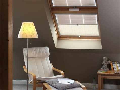 Sichtschutz Fenster Nicht öffnen by Ein Dachfenster Rollo Kann Mehr Als Vor Sonne Sch 252 Tzen