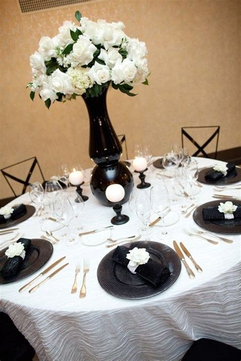 52 black and white wedding table settings weddingomania - Wedding Table Settings Pictures Black White