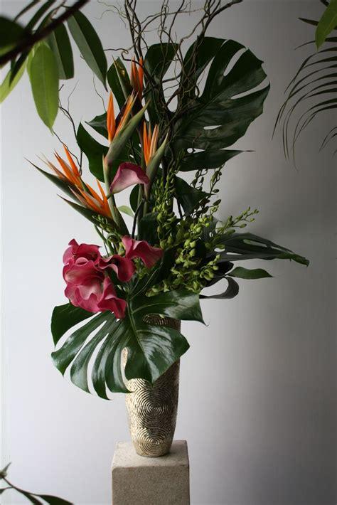 Bird Of Paradise Flower Arrangement Vase by 25 Best Ideas About Tropical Flower Arrangements On Tropical Floral Arrangements