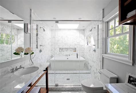 Chic Free Standing Bath Tubs Salle De Bain Marbre Blanc Pour Afficher Une Classe
