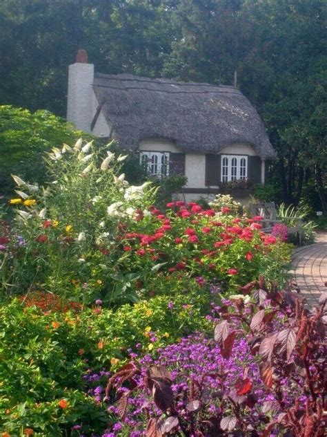 lovely cottage in the