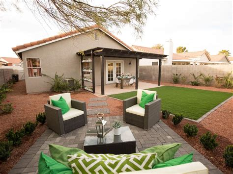 flipping houses in las vegas a size challenged home goes vegas cottage glam flip or