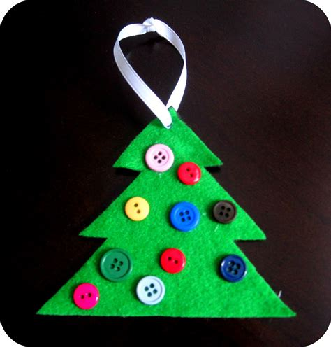 button christmas tree ornament cute simple hands