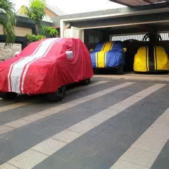 Sarung Cover Mobil Sedan Alumunium Silver top banget jual cover sarung mobil keren motif rainbow