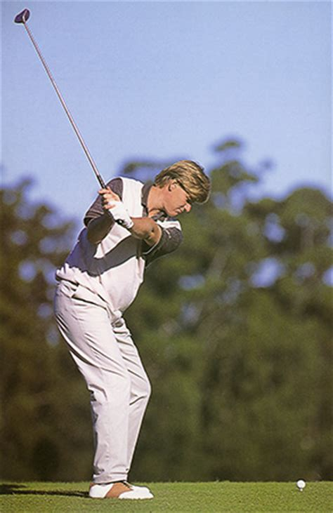 golf half swing backswing
