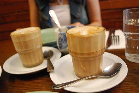 File:Soymilk caffe latte art2 flickr user avlxyz