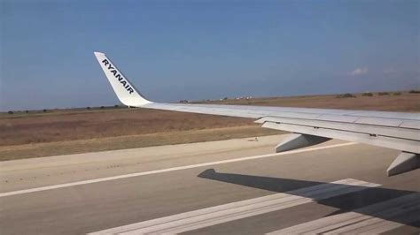 aerei ryanair interni decollo aereo ryanair dall aereoporto trapani birgi