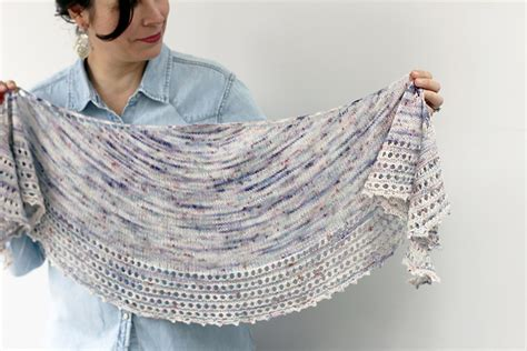 how to knit a shawl info on knitted shawls fashionarrow