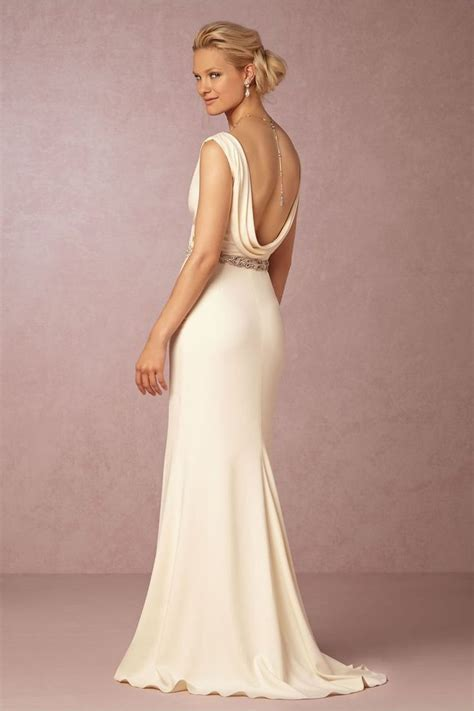 How to Buy a Cheap and Legit Wedding Dress Online Without