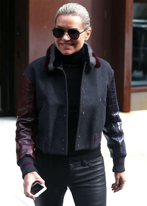 yolanda hadid clothes lookbook stylebistro yolanda hadid aviator sunglasses yolanda hadid looks