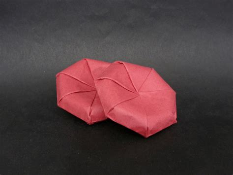 Origami Biology - blood cells by cahoonas on deviantart