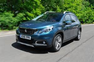 Suv Peugeot 2008 Peugeot 2008 Suv Pictures Carbuyer