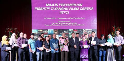 film in malaysia incentive finas presents rm1 7 million feature film incentive to