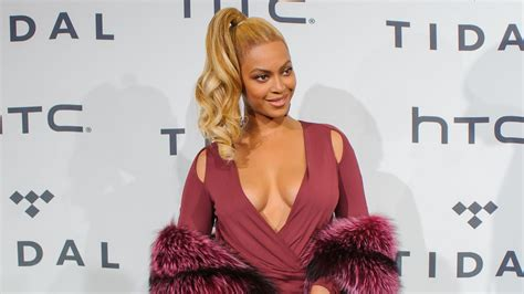 Beyonce Hits Japan Looking Uncharacteristic At Best by Beyonce S New Lemonade Hits Itunes Cnet
