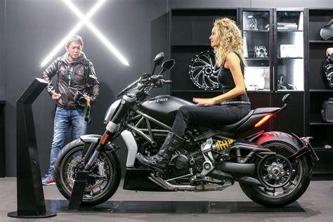 Kaos Ducati Diavel White eicma 2015 eicma 2015