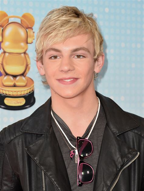 ross lynch new hairstyle ross lynch photos photos 2013 radio disney music awards