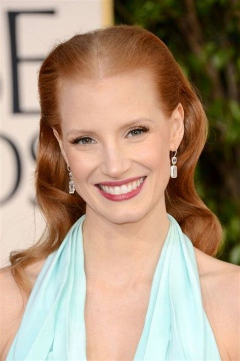 how many celebrities have thinning hair jessica chastain oye vey with that middle part it draws