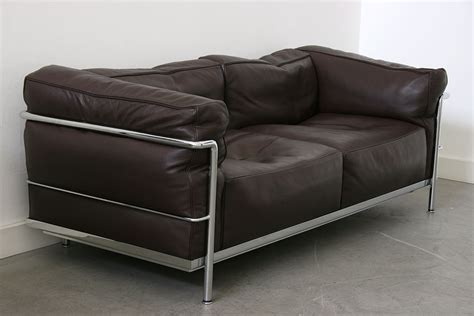 le canape lc3 sofa le corbusier cassina 20th century design