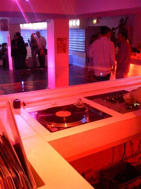 the basement nightclub san diego dj booth in one of the rooms basement level white padded