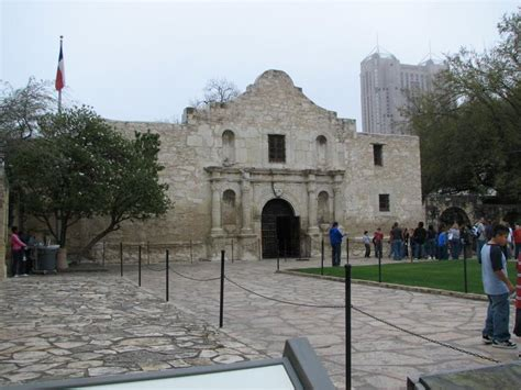 is there a basement in the alamo remember the alamo 187 archive 187 the alamo