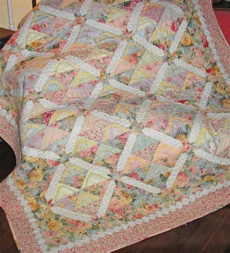 Quilt Packs by 10 Quilt Patterns Using Charm Packs Quilt Show News