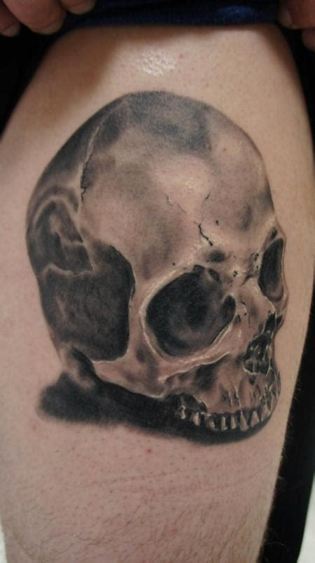 skull by colt brown tattoonow
