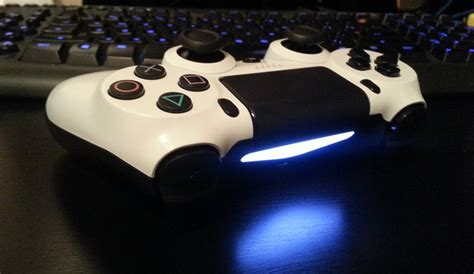 Yellow Light On Ps4 Controller Ps4 Controller Colors Gold Wallpaper