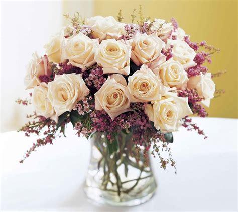 composizione fiori freschi composizioni floreali composizione fiori