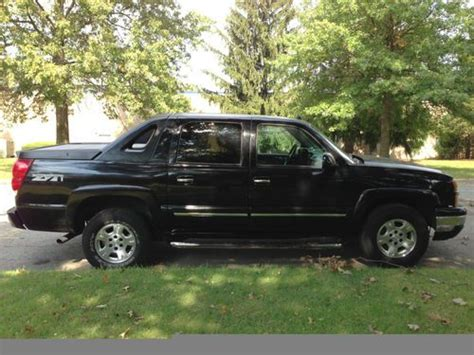 buy used 2004 chevrolet avalanche 1500 z71 crew cab pickup 4 door 5 3l in almond new york find used 2004 chevrolet avalanche 1500 z71 crew cab pickup 4 door 5 3l in east brunswick new