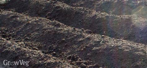 vegetable garden clay soil understanding soil types for vegetable gardens