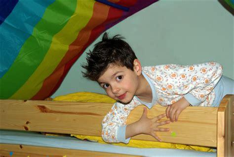 hochbett ab wann ab wann kann ein im hochbett schlafen netpapa de