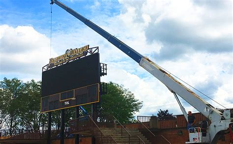 Cleveland State Mba Application Deadline by Bw Lights Up New Scoreboard At Finnie Stadium