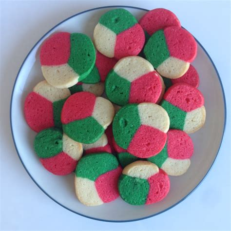 what color is the cookie tri colored mint cookiesvegan mos