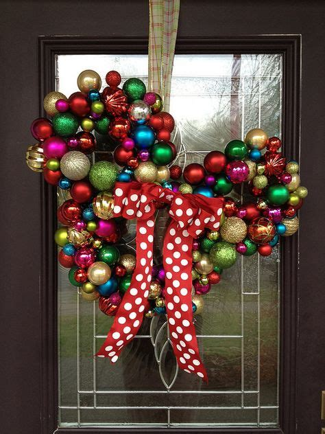 diy mickey mouse christmas decorations minnie mickey mouse wreaths crafty morning
