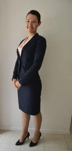 flight attendant wear bangs flight attendant hair styles for interview hairstyle gallery
