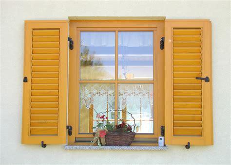 Wohnraumfenster Kunststoff by Fenster Tischlerei N 246 Pel T 252 Ren Und Fensterbau