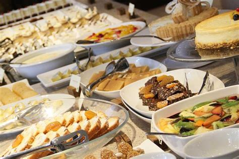 Here S Where You Can Get A Midnight Buffet In Bangalore India Buffet Price