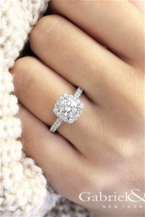 One Wedding Rings by 14 Best Engagement And Wedding Rings Wedding Ideas
