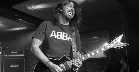 Foo Fighters Surprise Fans With New Video The River 103