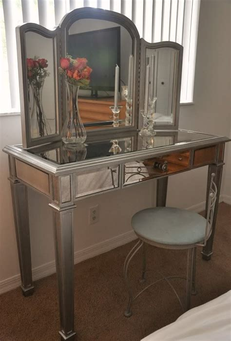 Pier One Vanity Table 26 Best Images About Future Apartment Ideas On Pinterest Baroque Vanities And Farms