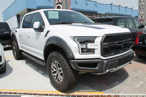 Used Ford F 150 Raptor 2017 Car for Sale in Dubai (747953