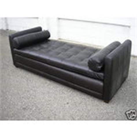 leather fainting couch dg 113 leather mid century modern fainting couch so 07 13