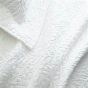 White Coverlet Set Pine Cone Hill Scramble White Matelasse Coverlet Pine