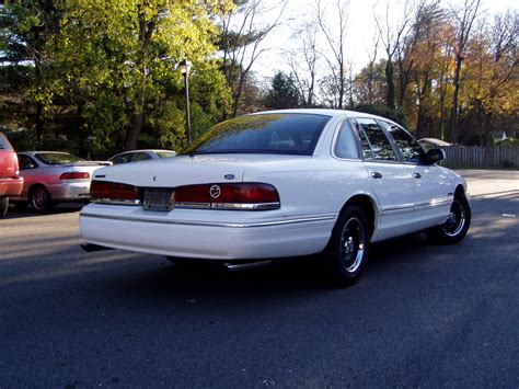 how things work cars 1995 ford crown victoria seat position 1995 ford crown victoria information and photos momentcar