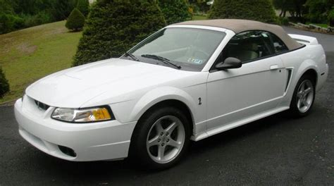 1999 white ford mustang ford mustang 1999 convertible