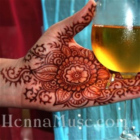 hire henna muse henna tattoo artist in fort wayne indiana