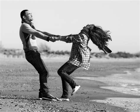 imagenes en blanco y negro de parejas enamoradas muy tiernas fotos de parejas imagenes frases poemas