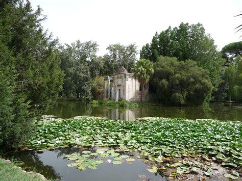 giardino reggia di caserta file giardino inglese reggia caserta false rovine laghetto
